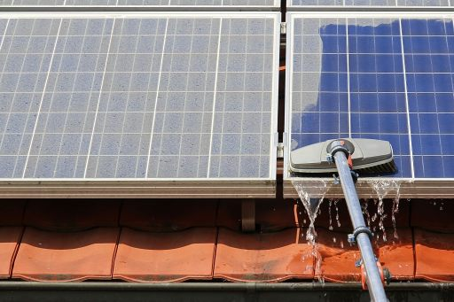 The Best Way To Clean The Solar Panels