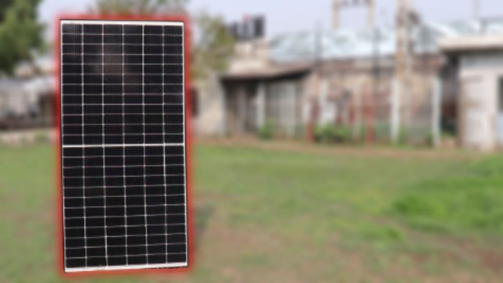 Loom Solar Shark 440 Half Cut Solar Panel